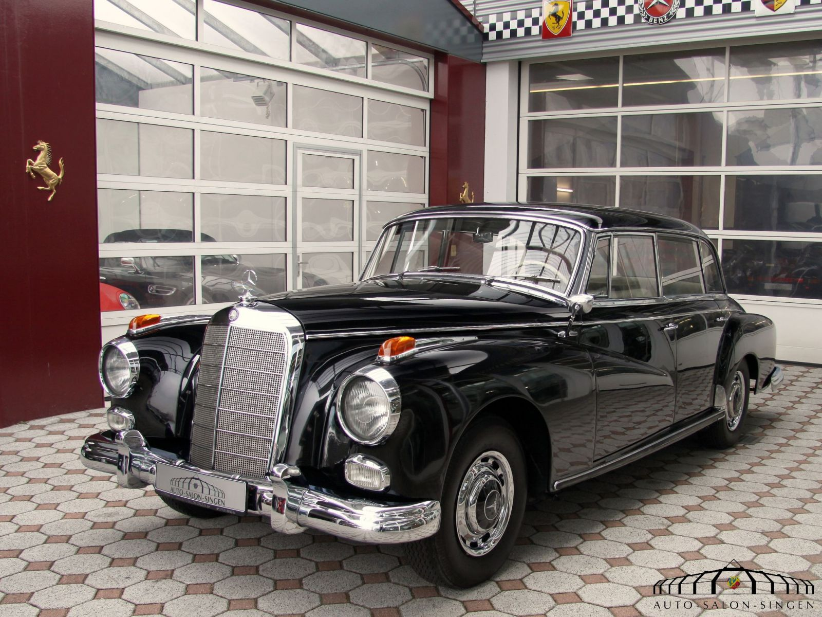 Mercedes benz 300 adenauer limousine auto salon singen for Auto mercedes benz