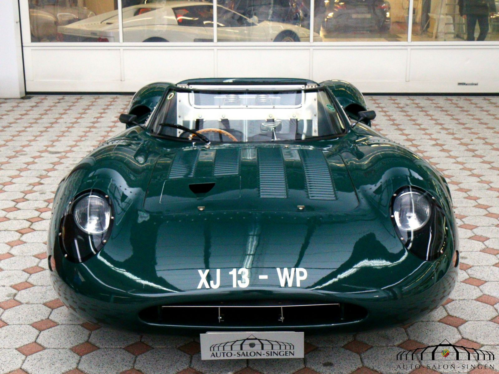 jaguar proteus xj13 roadster auto salon singen. Black Bedroom Furniture Sets. Home Design Ideas