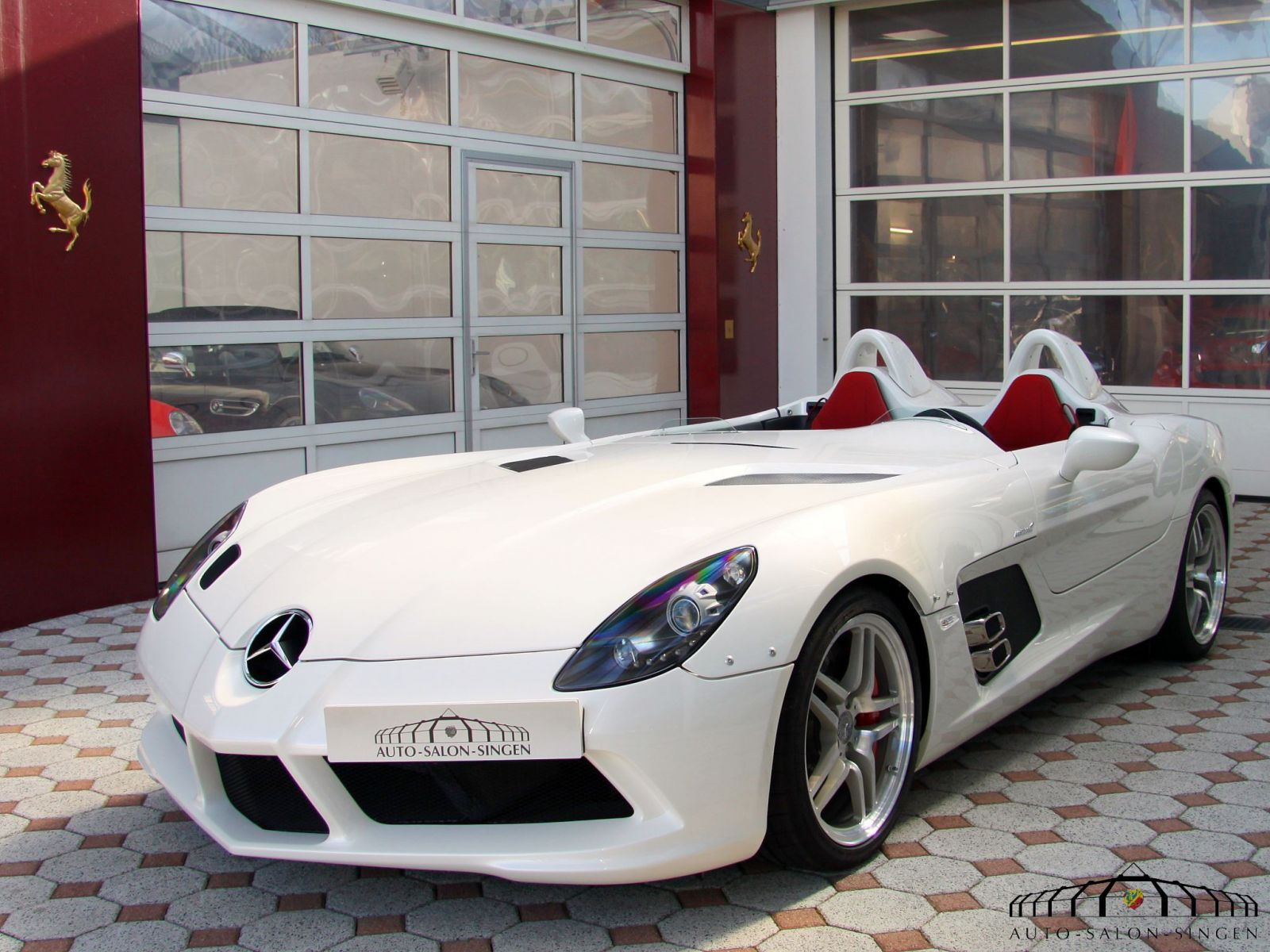 mercedes benz slr stirling moss roadster auto salon singen. Black Bedroom Furniture Sets. Home Design Ideas