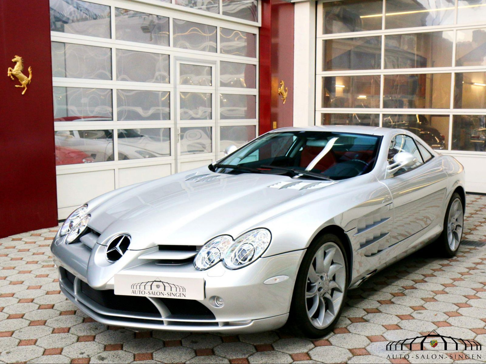 Mercedes benz slr mclaren coup auto salon singen for Mercedes benz slr mclaren price