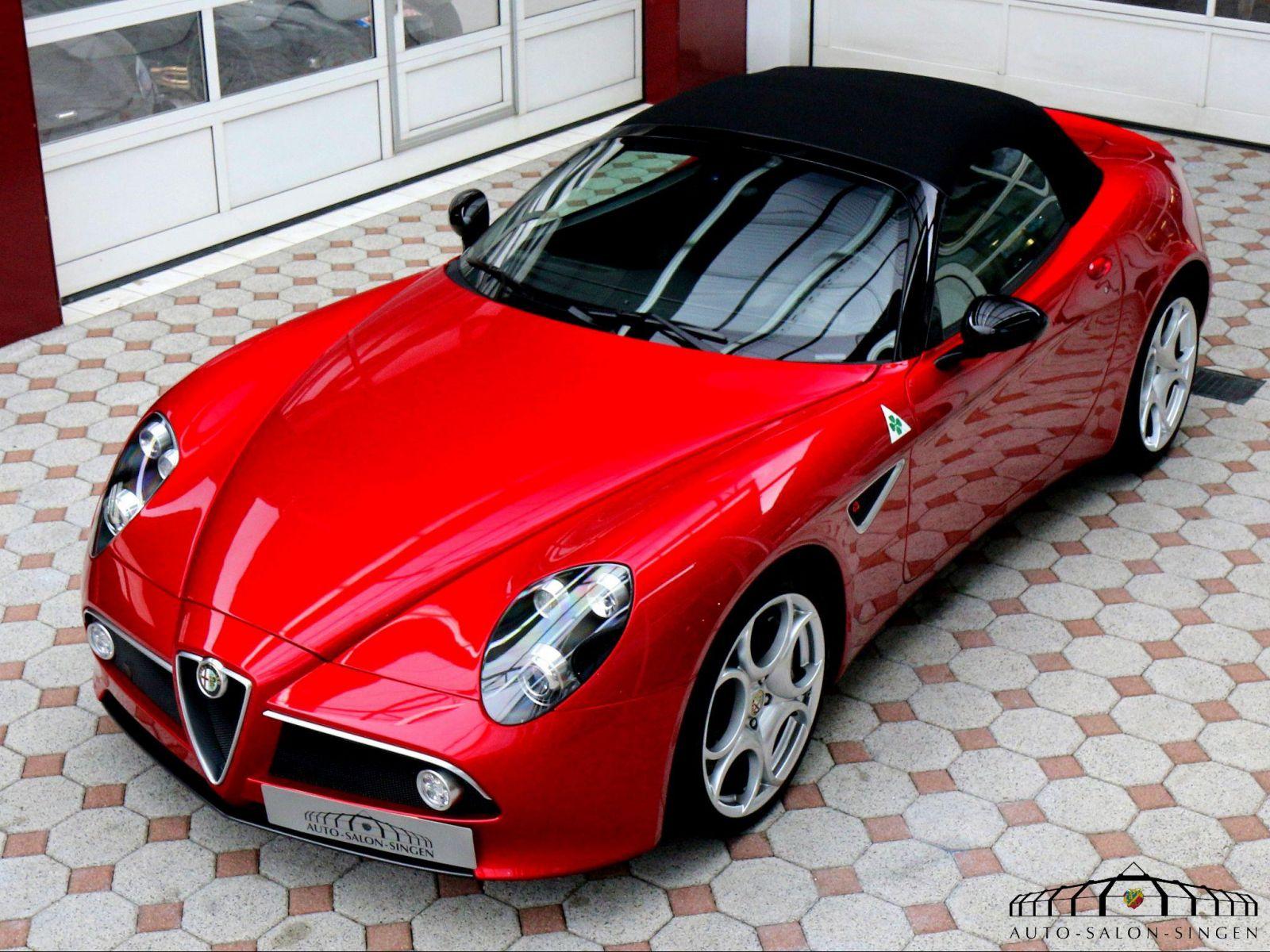 alfa romeo 8c spider convertible auto salon singen. Black Bedroom Furniture Sets. Home Design Ideas