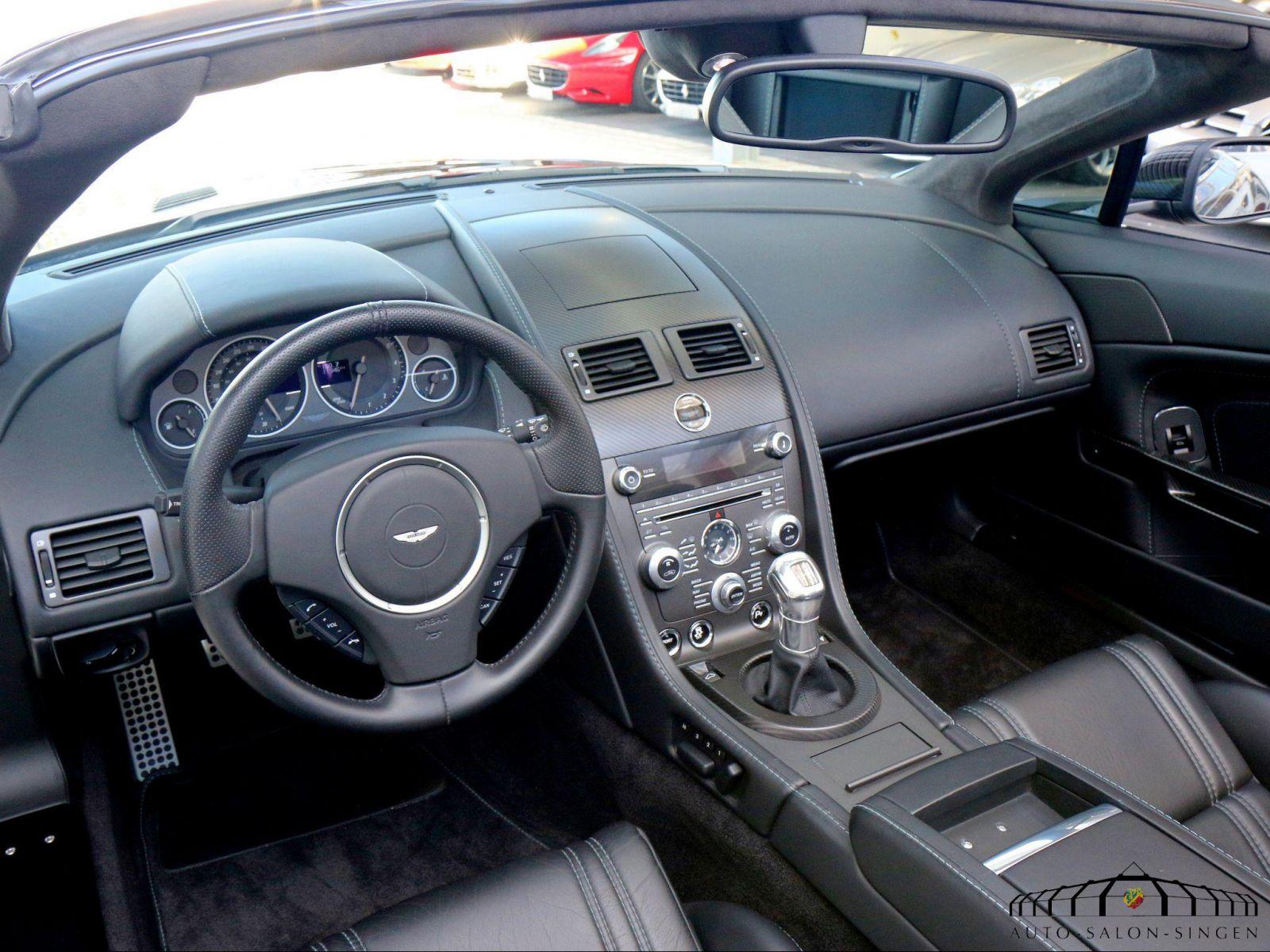 Aston Martin V12 Vantage Roadster Convertible Auto Salon Singen