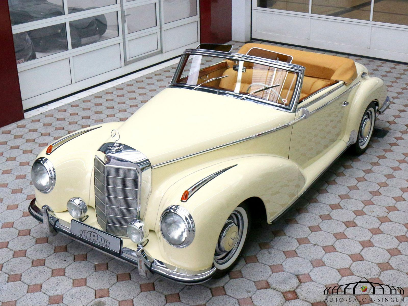 Mercedes benz 300 s roadster roadster auto salon singen for Mercedes benz 300 s