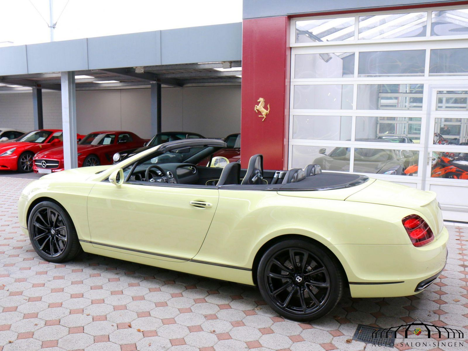 Bentley Auto Salon Singen