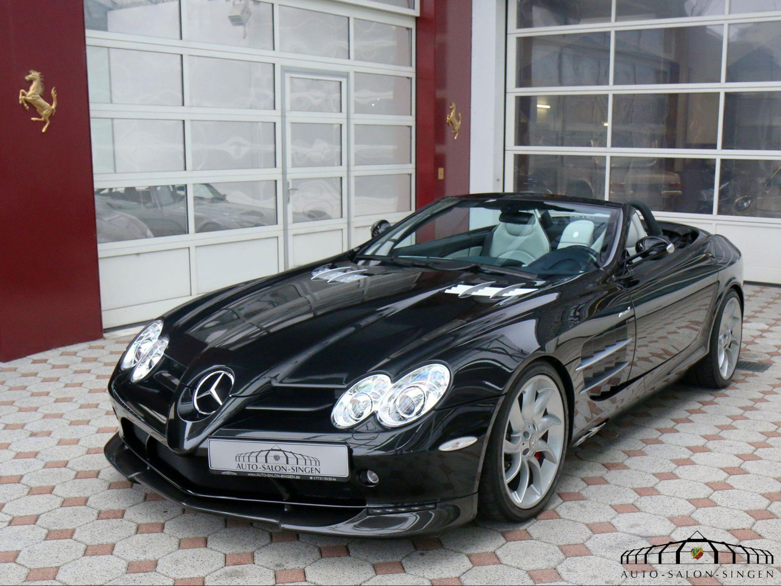 mercedes benz slr mclaren roadster roadster auto salon. Black Bedroom Furniture Sets. Home Design Ideas