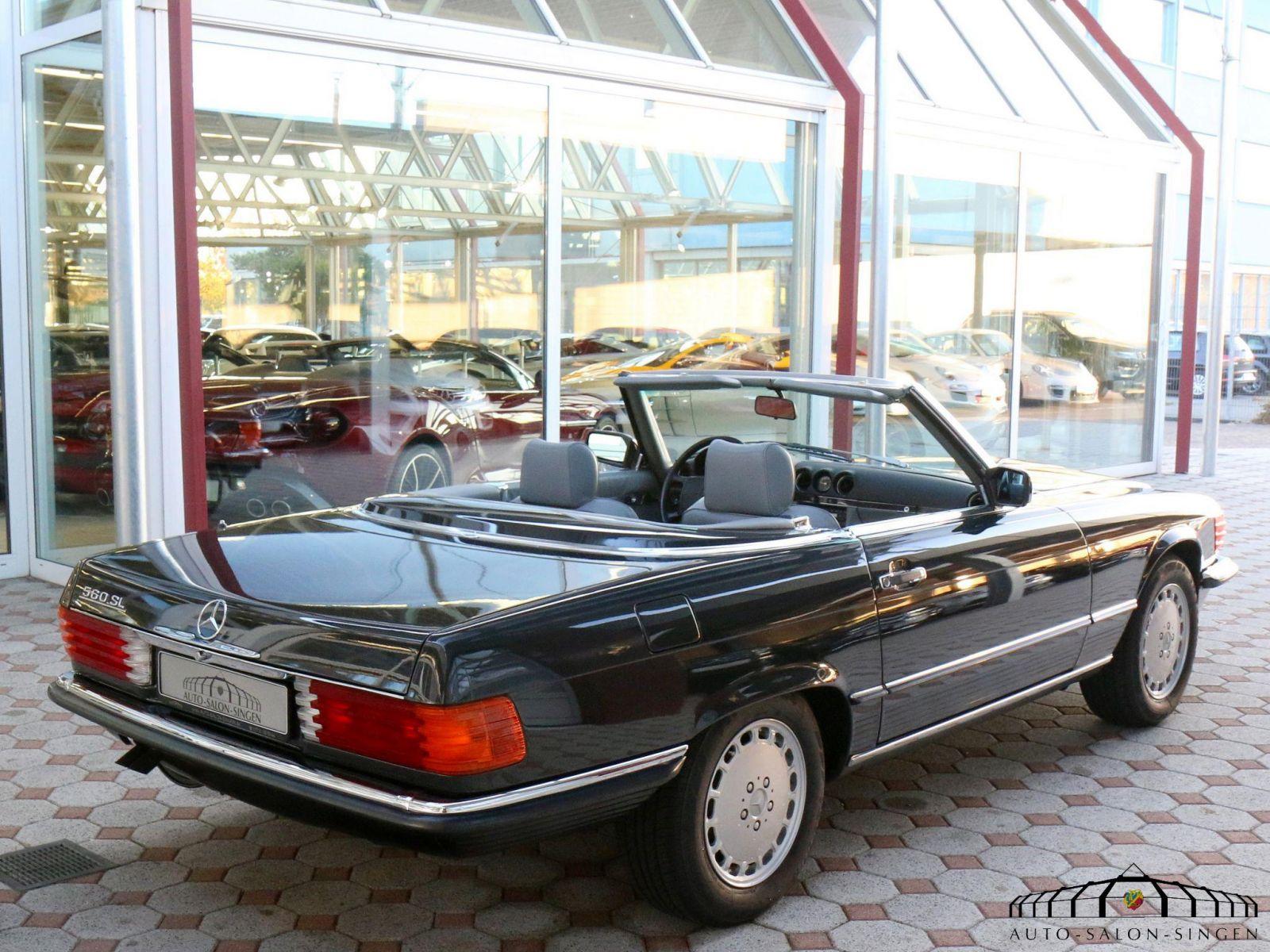 mercedes benz 560 sl cabrio auto salon singen. Black Bedroom Furniture Sets. Home Design Ideas
